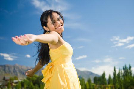 Как поднять настроение девушке разными способами. Смс, Вконтакте