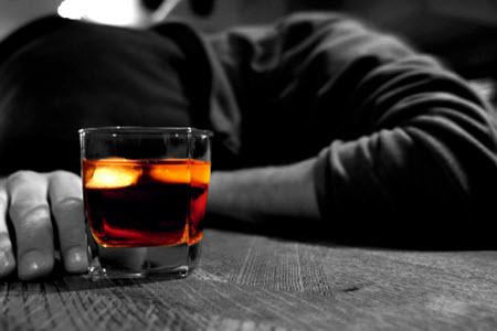 Что делать, если муж пьет запоями